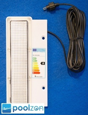 Skimmer inkl. LED-Beleuchtung 9 kWh/1000h